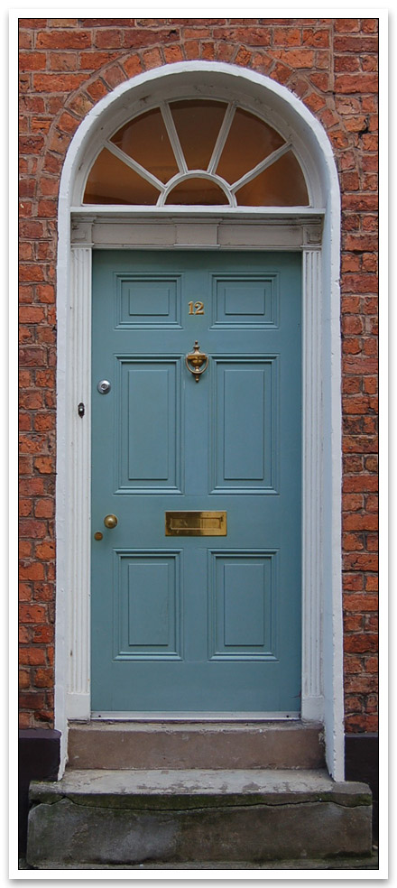 Georgian door in georgian blue