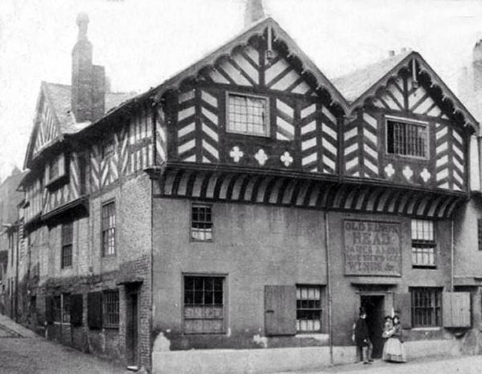 Old Photo of The Old Kings Head